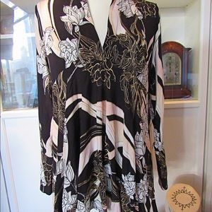 Free People NWT Black Pink & White button up tunic